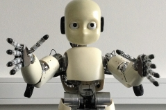 Roboter im Uncanny Valley