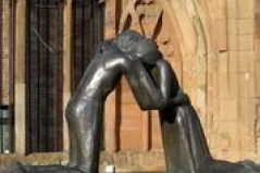 https://commons.wikimedia.org/wiki/File:Reconciliation_by_Vasconcellos,_Coventry.jpg